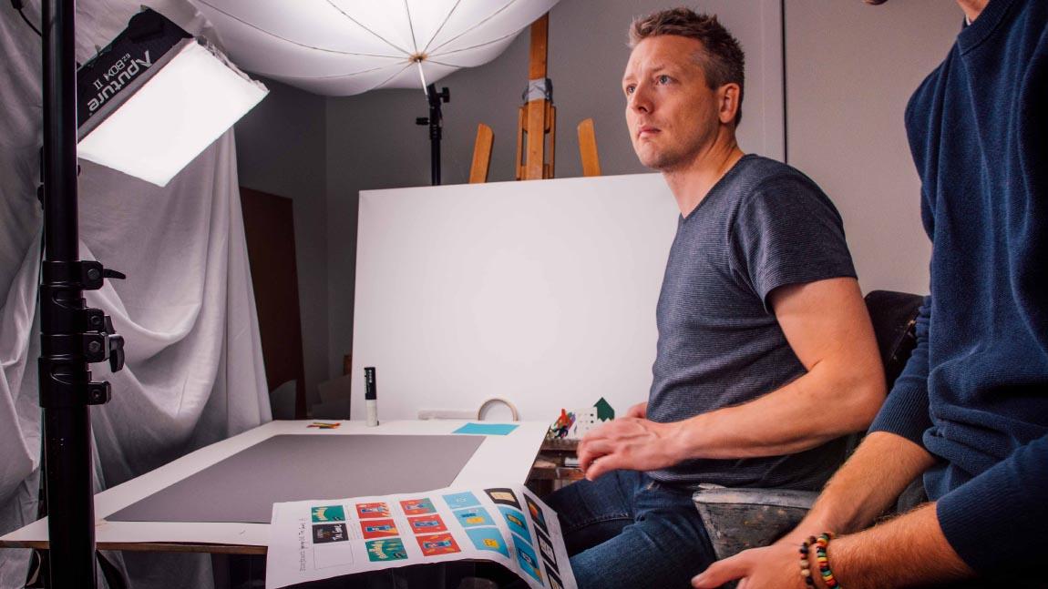 Jakob skal til at tegne til Hjørring LIVE explainer-videoen